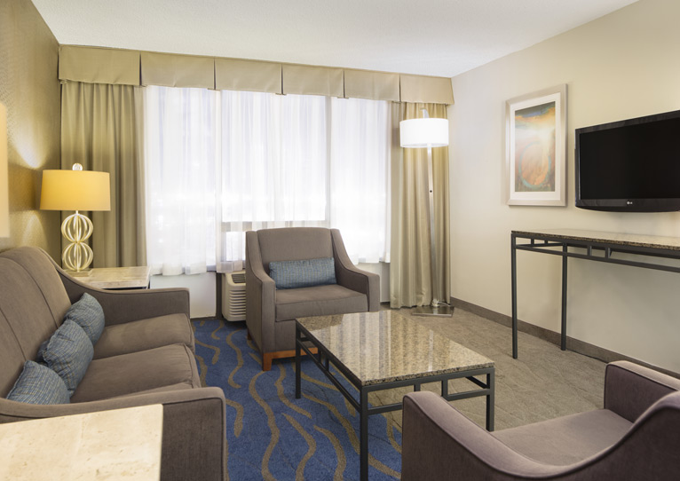 1 King Bed Suite Nonsmoking of Holiday Inn Columbia East-Jessup